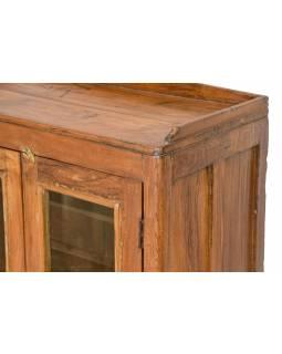 Prosklená skříňka z teakového dřeva, 62x33x95cm