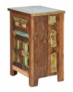 """Noční stolek v """"GOA"""" stylu z teakového dřeva, 50x40x75cm"""