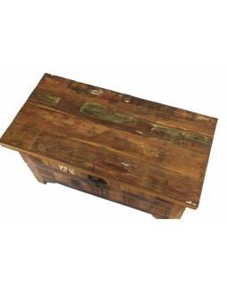 Truhla z teakového dřeva, zdobená ručními řezbami, 81x41x45cm