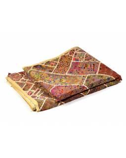 Béžový patchworkový přehoz z Rajastanu, ruční práce, 180x240cm