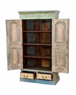 Velká vyřezávaná skříň z teakového dřeva, 94x45x177cm