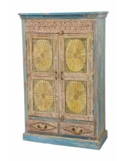 Velká vyřezávaná skříň z teakového dřeva, 101x45x161cm