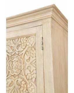 Skříň z mangového dřeva, ruční řezby, bílá patina, 105x44x193cm