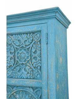 Skříň z mangového dřeva, ruční řezby, tyrkysová patina, 105x44x193cm