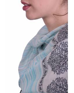 Luxusní šál z kašmírové vlny, světle modro-béžový s jemným vzorem a proužky