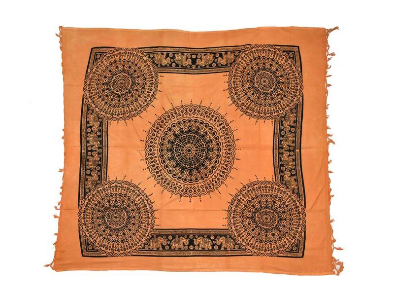 Oranžový přehoz na postel, černý potisk, peacock, 210x240cm