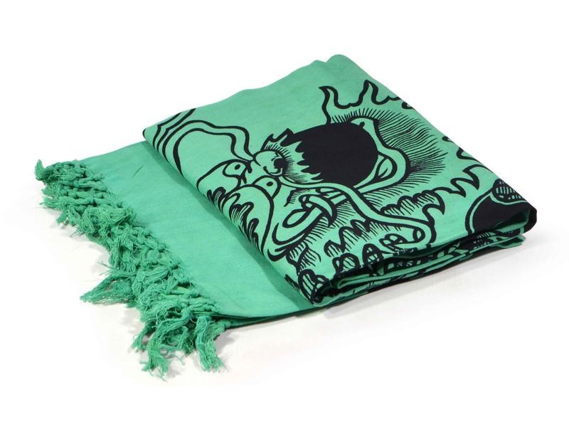 Tmavě zelený přehoz na postel s čínským drakem, černý potisk, třásně, 135x210cm