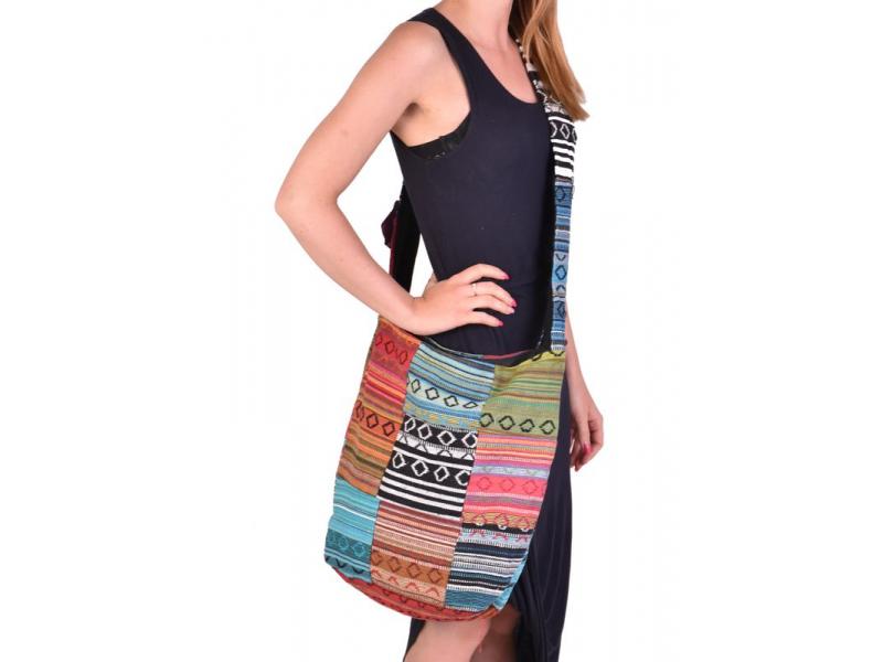 "Taška přes rameno, ""ghari barevné proužky"", patchwork, kapsy, zip, 35x40cm"