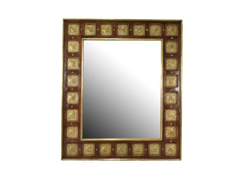 Zrcadlo v rámu zdobené kováním, palisandr,110x130x6cm