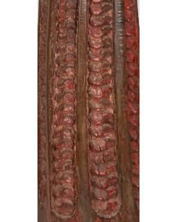 Svícen vyrobený ze starého sloupu, 25x25x99cm