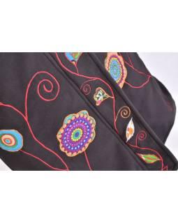 Černý fleecový dámský kabátek s kapucí zapínaný na zip, Flowers design, výšivka
