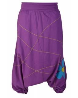 Fialové turecké kalhoty s aplikací květiny a výšivkou