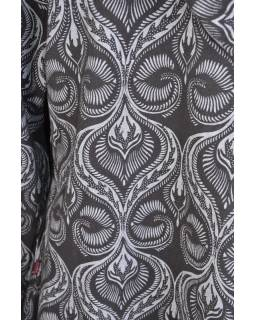 Černo-šedý kabát s kapucí zapínaný na knoflík, kapsy, celopotisk