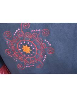 Modro-vínový fleecový kabát s potiskem zapínaný na knoflík, výšivka, kapsy