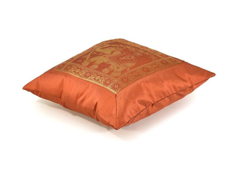Povlak na polštář, oranžový se sloním designem, zlatá výšivka, 40x40cm
