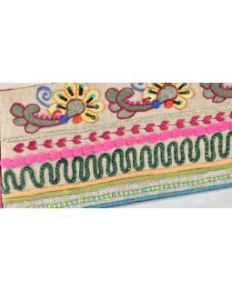 Ručně vyšívaná šperkovnice, bílo-růžová, flitry a korálky, 23x10,5x5,5cm