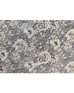 Ručně vyšívaná šperkovnice, šedo-béžová s růžemi, 30x23x9cm