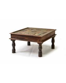 Konferenční stolek se sklem vykládaný starými řezbami, teak, 81x81x47cm