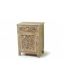 Skříňka ze starého teakového dřeva, dvířka a šuplík ručně prořezané, 56x38x76cm