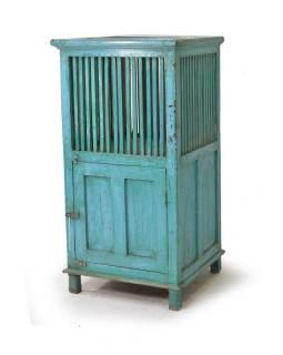 Prádelník z teakového dřeva, tyrkysová patina, 50x48x99cm