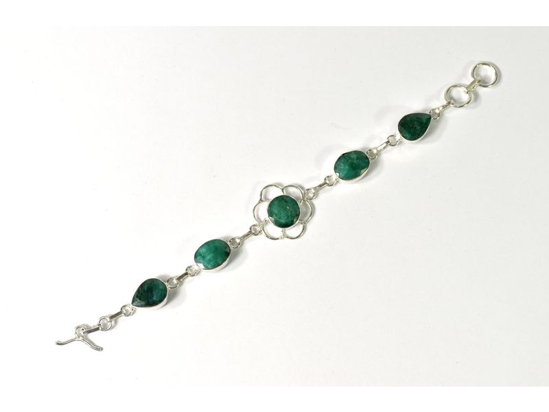 Náramek vykládaný rekonstruovaným smaragd, postříbřený (10µm)