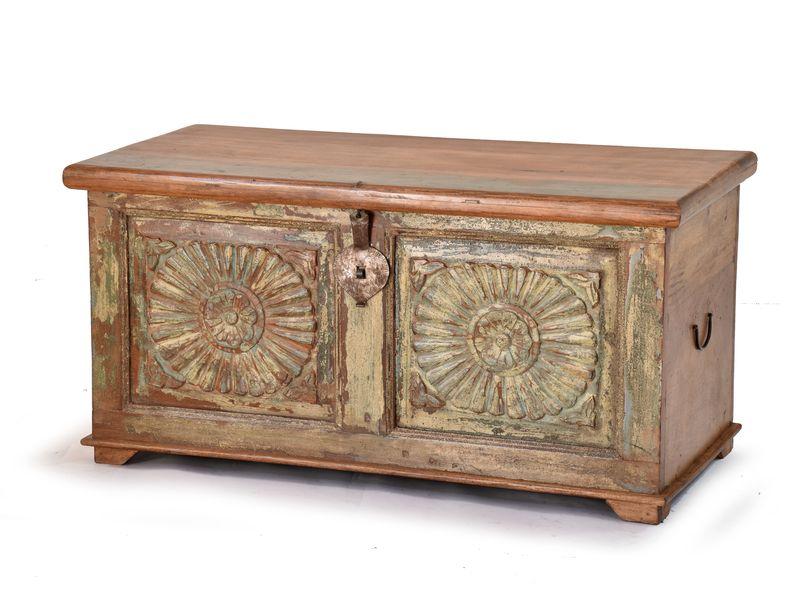Dřevěná truhla z teakového dřeva, ručně vyřezávaná, 100x47x50cm