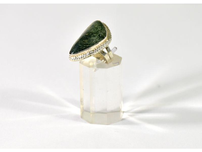 Prsten vykládaný avanturinem, vel.54, postříbřený (10µm)