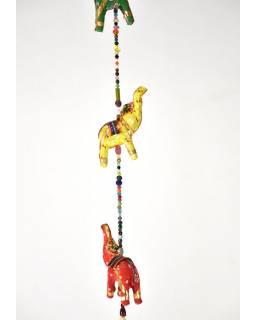 Dekorace k zavěšení, pět slonů se zvonečkem, ručně malované, délka 90cm