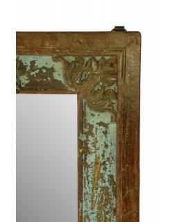 Zrcadlo ve vyřezávaném rámu z antik teakového dřeva, tyrkysová patina 68x73x5cm