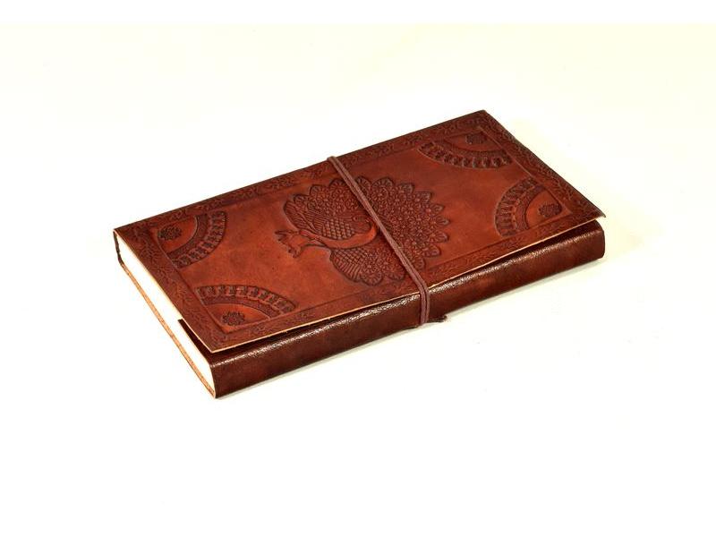 Notes v kožené vazbě s pávem, ruční papír, 13x22cm