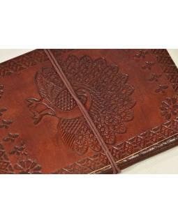 Notes v kožené vazbě s pávem , ruční papír, 13x18cm