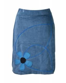 Krátká modrá sametová sukně, aplikace barevné květiny