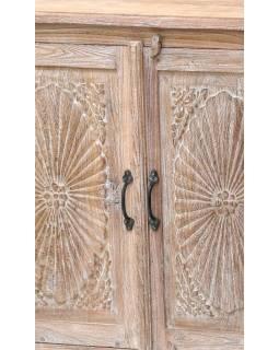 Komoda z antik teakového dřeva, dvířka s ručními řezbami, 184x40x91cm