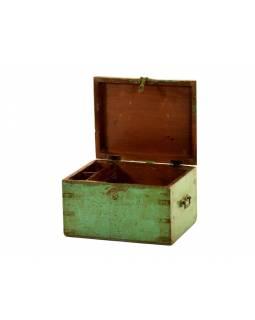 Truhla z teakového dřeva, zelená patina, 39x30x35cm