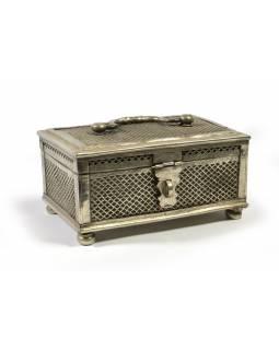 Stará mosazná truhlička - šperkovnice, 22x15x10cm