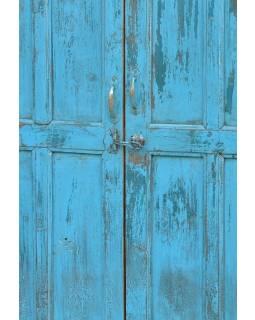 Skříň vyrobená z antik teaku, tyrkysová patina, 102x33x151cm